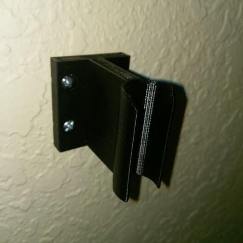 Free 3D printer files Snap-on flag wall-mount holder, arpruss