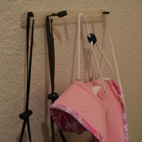 Download free STL files Line of hooks for hanging things, customizable, arpruss