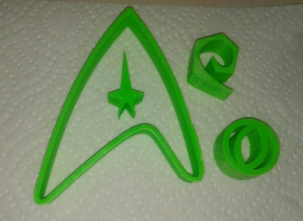dd3f545229dad800f135e633f4c1bcfd_display_large.jpg Download free STL file Starfleet cookie cutters: Command, science and engineering • 3D printing design, arpruss