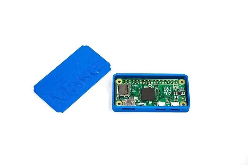 MakeRaspPiZeroCase-1_display_large.jpg Download free STL file Make: Raspberry Pi Zero Case • 3D printable model, MAKE