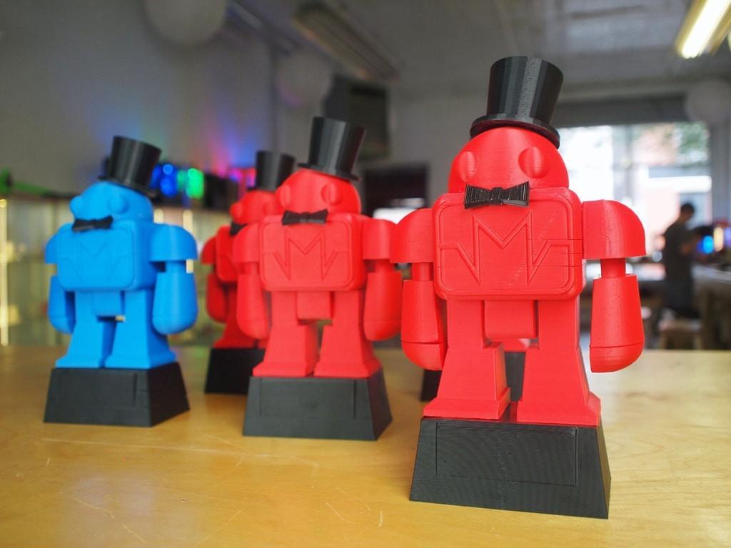 6125151606_5f56b2049d_o_display_large_display_large.jpg Download free STL file Makeys Trophy 2011 • Model to 3D print, MAKE