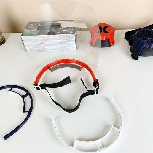 IMG_9282.jpg Télécharger fichier STL gratuit Covid-19 Écran facial - simple à imprimer • Plan à imprimer en 3D, hessevalentino
