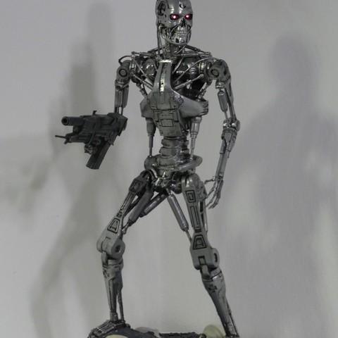 Download free 3D printer files Base for T-800 Endoskeleton, OneIdMONstr