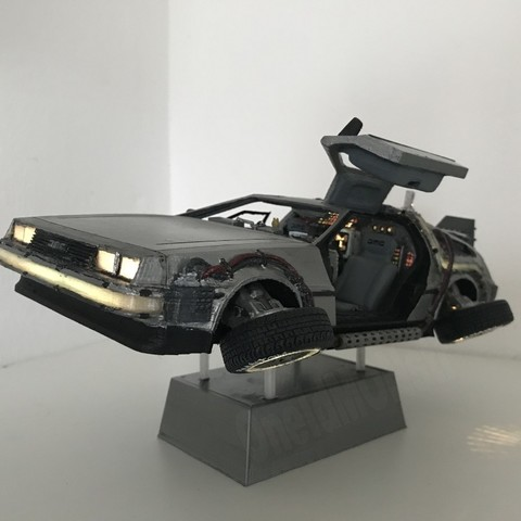 Free stl file DIY DeLorean Time Machine with lights!!, OneIdMONstr