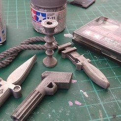 Free 3D printer files CLUEDO WEAPONS GAME PIECES, 3DME