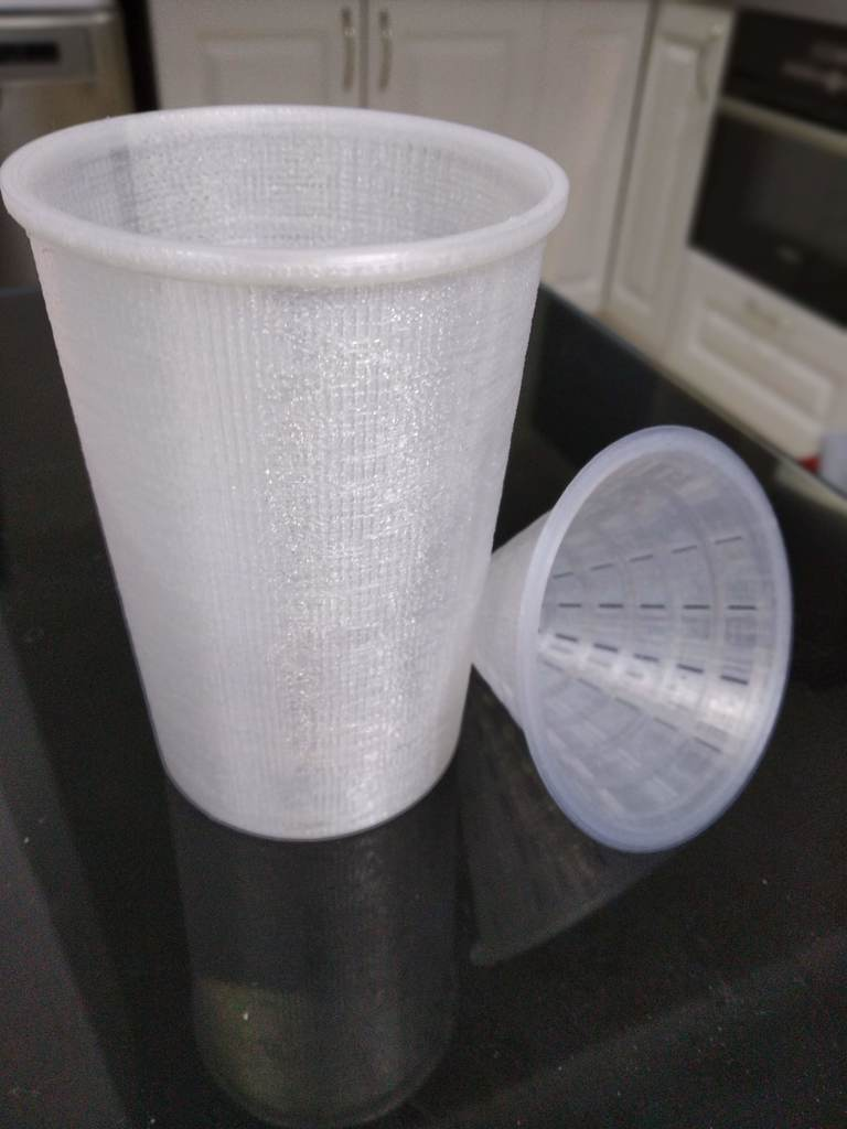 a336dda050e0f871abf57621df91e158_display_large.jpg Download free STL file Cup for fruit fly trap / Fruchtfliegen fänger • 3D printing object, 3DME