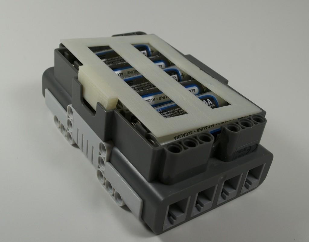 DSC_0263_display_large_display_large.jpg Télécharger fichier STL gratuit Couvercle de batterie NXT • Plan à imprimer en 3D, PortoCruz675