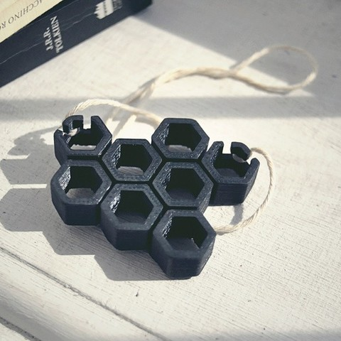 Download free 3D printing templates Necklace - Hex Hive, DoloresSegura