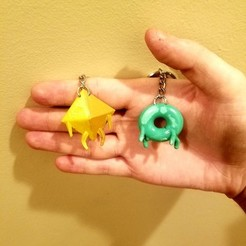 Free 3D printer model Deca and Donu keychain, Petethelich