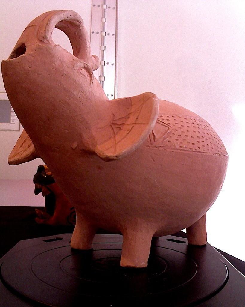 photo_display_large.jpg Download free STL file Ceramic Elephant • 3D printer model, allanrobertsarty