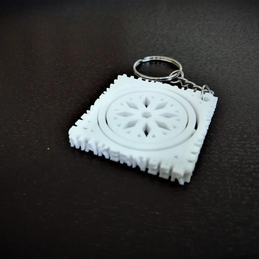 Descargar Modelos 3D para imprimir gratis Winter Holiday Snowflake Gimbal Llavero, Makerneer
