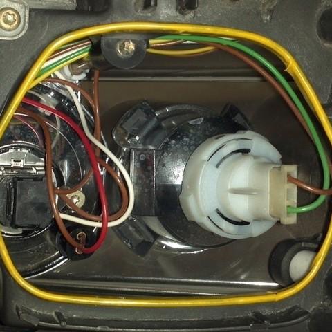 2011-11-30_22-14-43_864_display_large_display_large.jpg Télécharger fichier STL gratuit Capuchons de phares VW Passat HID • Objet imprimable en 3D, DelhiCucumber