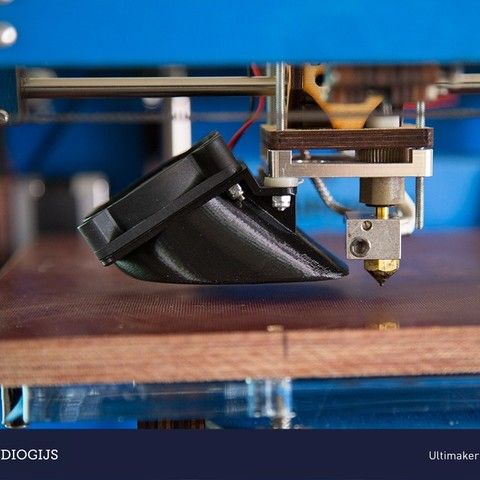 Download free 3D printer designs Ultimaker fanduct V2, DelhiCucumber