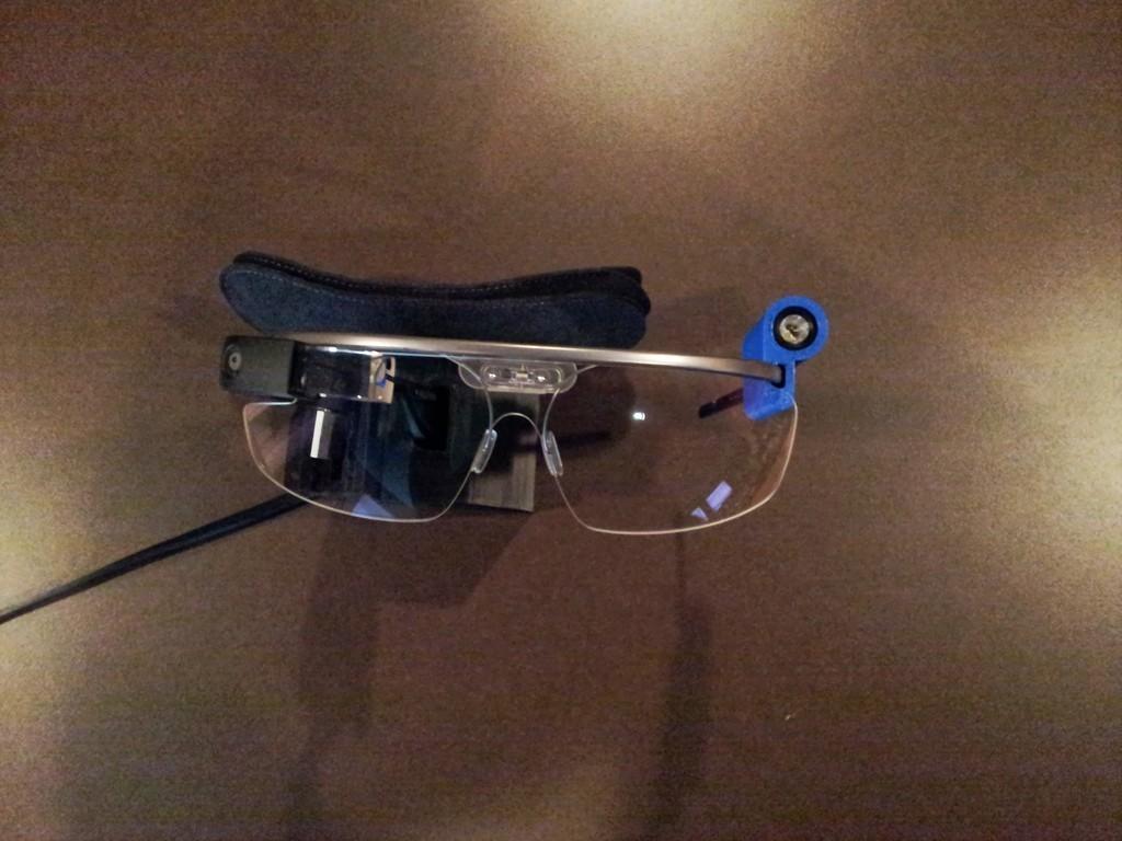 20130813_120057_display_large.jpg Télécharger fichier STL gratuit G-Torch (Google Glass Torch) • Objet pour impression 3D, DelhiCucumber