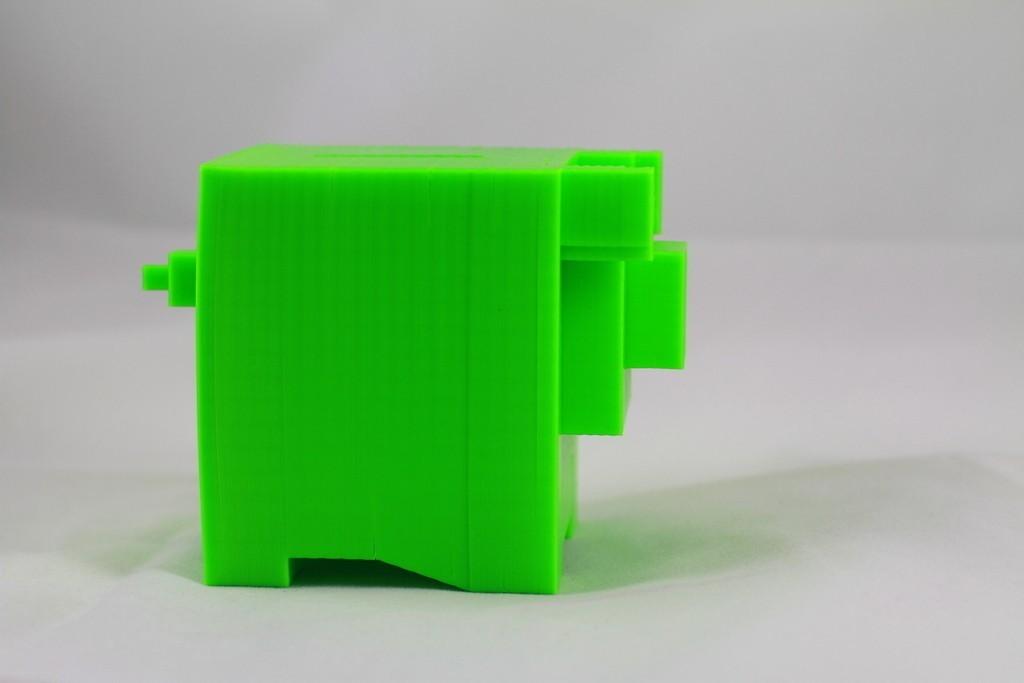 IMG_4266_display_large_display_large.jpg Download free STL file 8-bit Piggy Bank • 3D printer object, DelhiCucumber