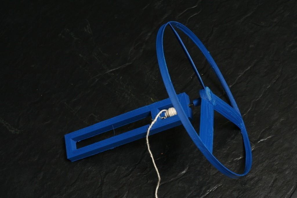 2012_05_Whirligig_Assembled_display_large_display_large.jpg Télécharger fichier STL gratuit Whirligig Flying Spinner - Mouches 10 m (30 ft) • Plan à imprimer en 3D, FunnyJohnnyPrinter