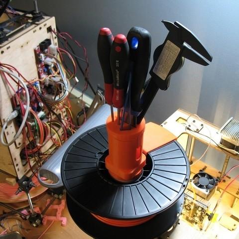 Télécharger STL gratuit Capuchon porte-outil de bobine de filament, ErnyCrazyPrinter
