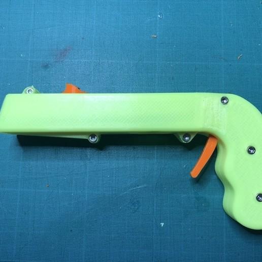 IMG_0535.jpg Download free STL file Bottle Opener and Cap GUN! • 3D printable template, 3DED