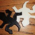3d-printed_escher_lizards_on_wood_BG_display_large_display_large.jpg Download free STL file Escher-Style Tessellating Lizard / • 3D printer object, JeremyRonderberg93