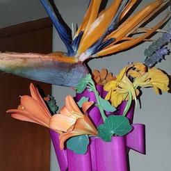 Download 3D model Wall Mounted plant Vase, Dredd