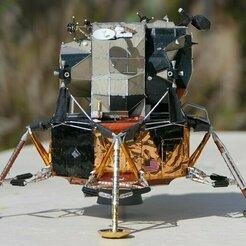 064d.jpg Download STL file Apollo Lunar Module • 3D printing design, vincentmeens