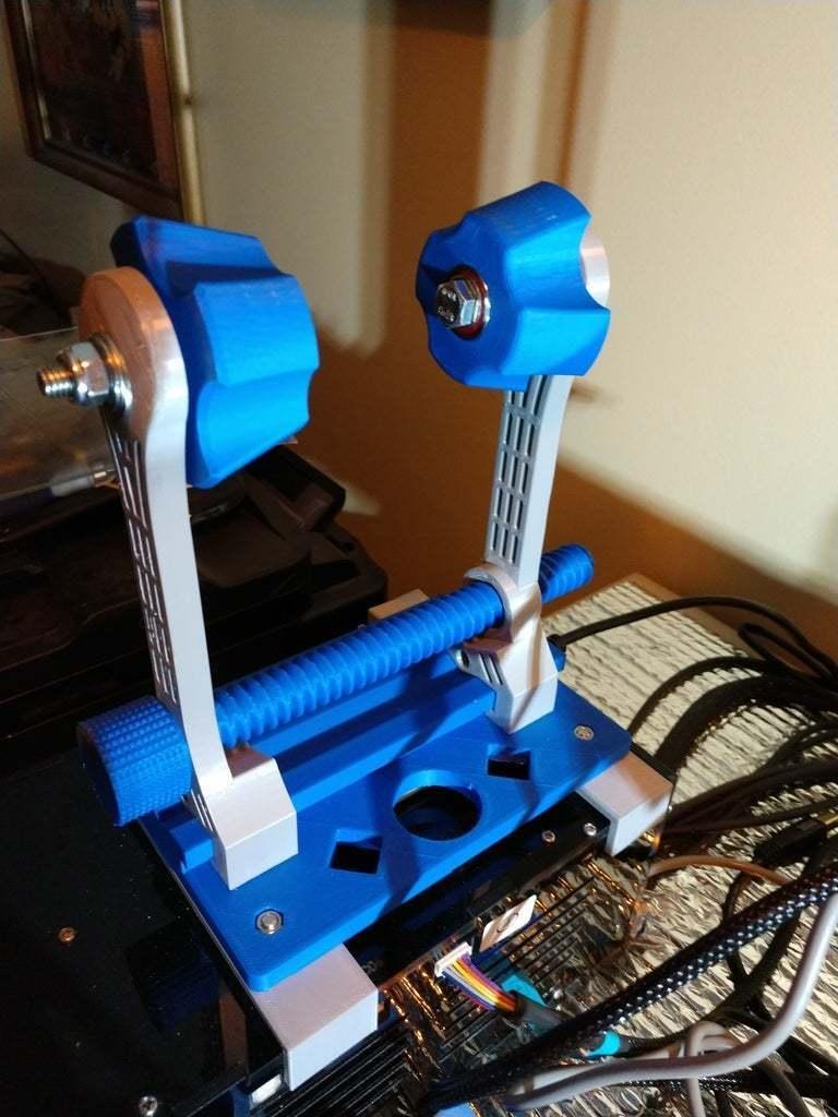 IMG_20190131_192103191.jpg Télécharger fichier STL gratuit Porte-bobine à centre ajustable • Design pour imprimante 3D, jonbourg