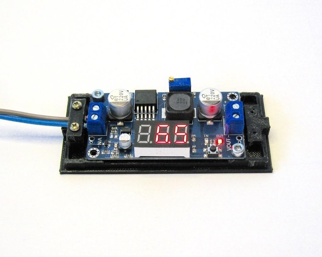 IMG_8328_display_large.jpg Télécharger fichier STL gratuit LM2596 Boîtier de convertisseur d'alimentation DC-DC LM2596 • Design pour impression 3D, Duskwin