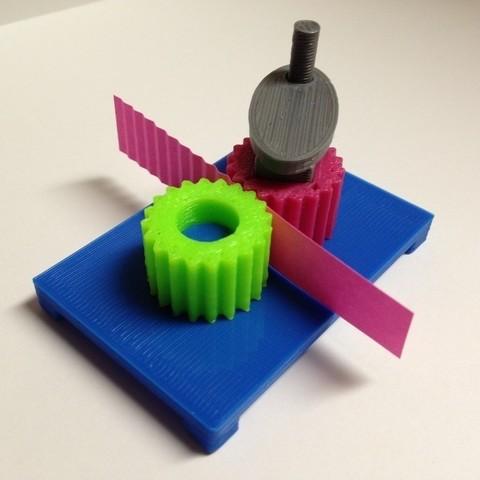 Free 3D printer model Paper Crimper, Lurgrod