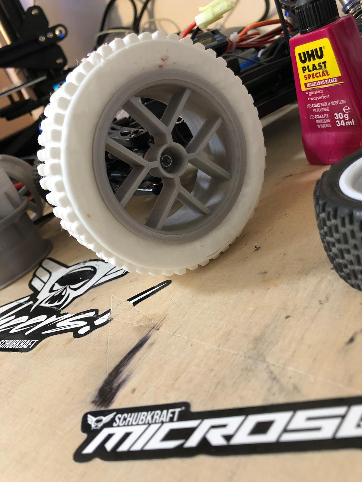 WhatsApp Image 2019-05-04 at 12.00.30.jpeg Download free STL file RC Car wheel with Tire for 1:16 and 1:18 Models • Model to 3D print, Celil27