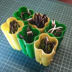 Impresiones 3D gratis Cajas de puzzle para cables USB, alexlpr