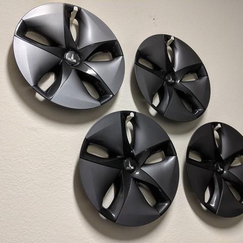 Free STL file Tesla Model 3 Aero Wheel Cover Hanger, nullgel
