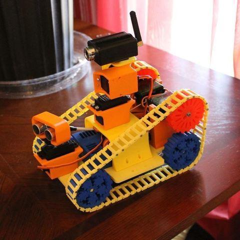 robot1_display_large.jpg Télécharger fichier STL gratuit Traxbot - une construction EZ-robot • Design imprimable en 3D, Laevalia