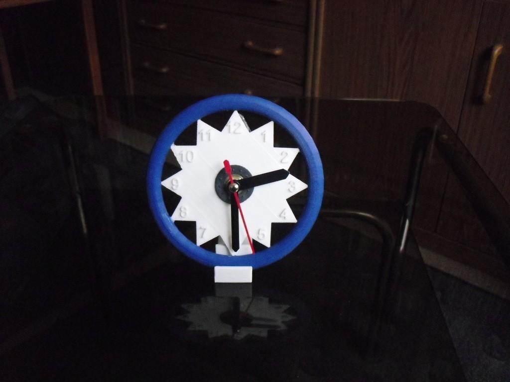 CIMG0501_display_large.jpg Download free STL file Clock 5 • 3D printing object, Wailroth3D