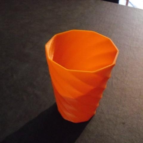 CIMG0582_display_large.jpg Download free STL file Vase • Object to 3D print, Wailroth3D