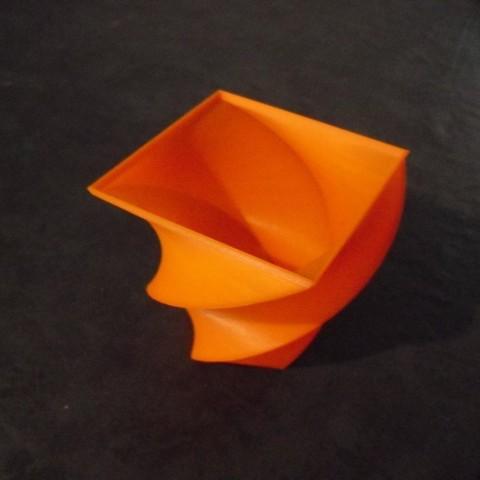 CIMG0571_display_large.jpg Télécharger fichier STL gratuit Vase • Objet à imprimer en 3D, Wailroth3D