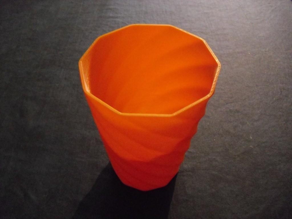 CIMG0560_display_large.jpg Download free STL file Vase • Object to 3D print, Wailroth3D
