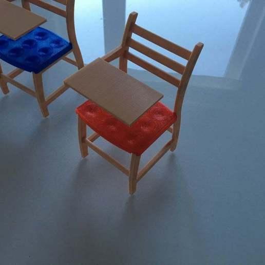 Download free 3D printing designs School desk for Barbie, floano