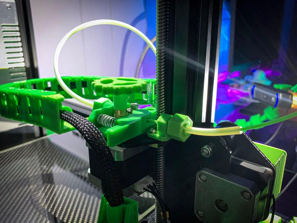 9ed84be39474cfb5683ec7897cb7dd0d_display_large.jpg Download free STL file Ender & CR-10 Filament Guide with built-in locking PTFE tube coupler • 3D printer model, FedorSosnin