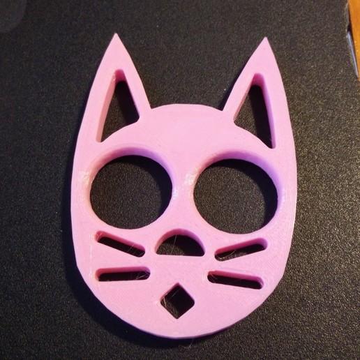 Télécharger fichier STL gratuit Porte-clé pour chat (pas de rainures dans les oreilles) • Plan pour impression 3D, Nacelle