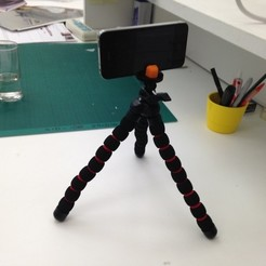 Download free 3D printer designs iPhone 4 holder for GorillaPod tripod, Gaspiage