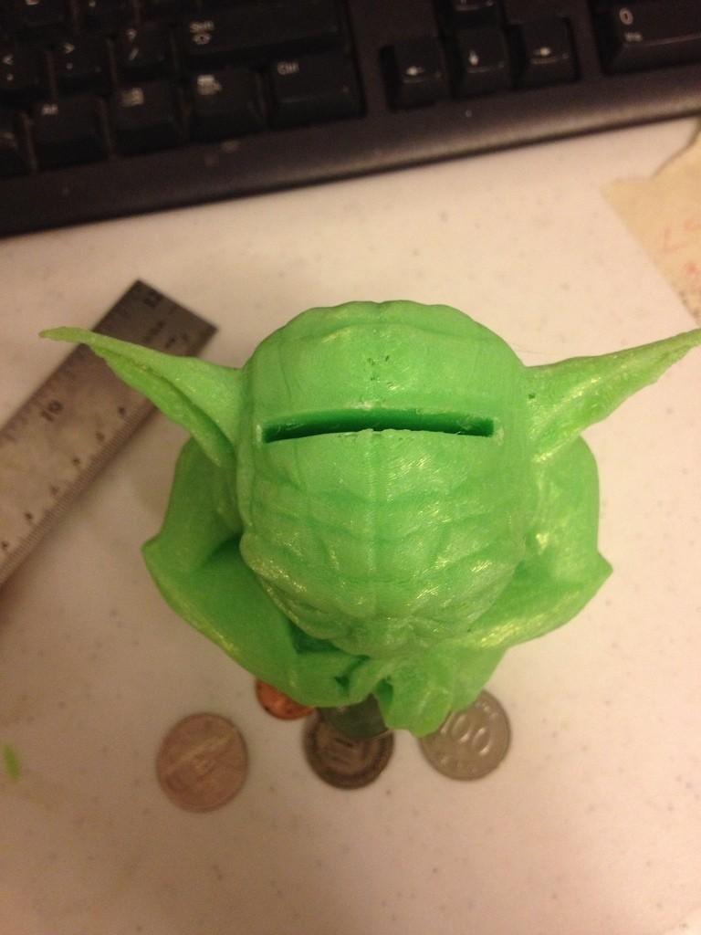 IMG_3273_display_large.jpg Télécharger fichier STL gratuit Figurine Yoda debout - Tirelire • Design imprimable en 3D, Dournard