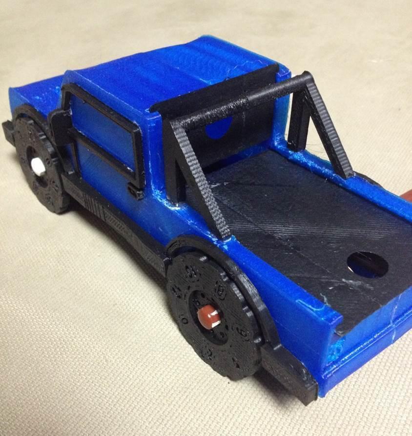 Truck_crop1_display_large.jpg Download free STL file Rolling Ruler / Truck Pencil Case - #backtoschool • 3D print model, Dournard