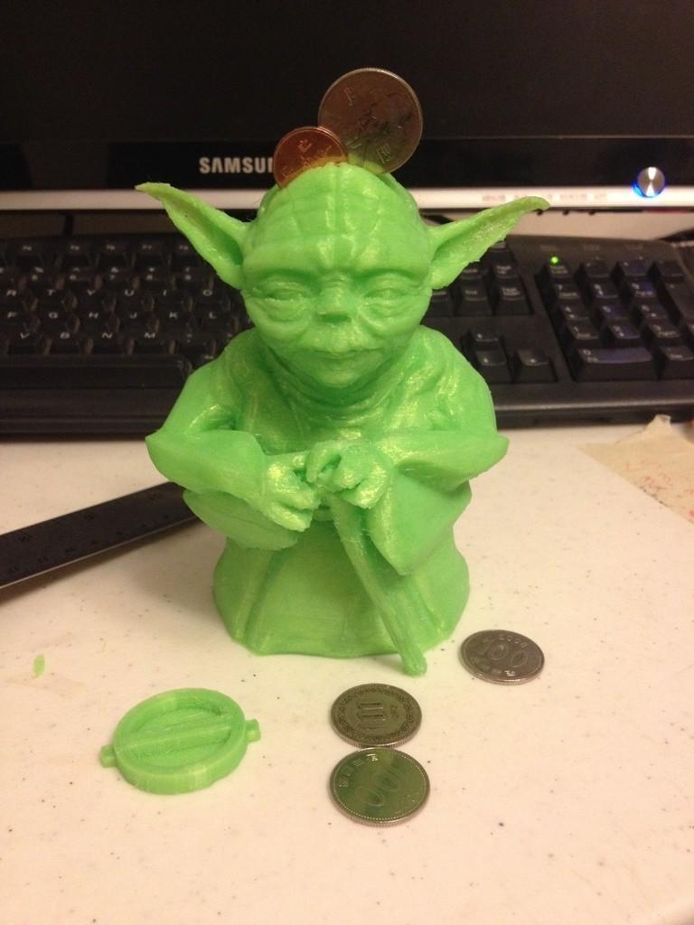 IMG_3269_display_large.jpg Télécharger fichier STL gratuit Figurine Yoda debout - Tirelire • Design imprimable en 3D, Dournard