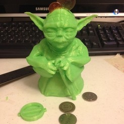 Download free 3D printer model Standing Yoda Figure - Piggy Bank, Dournard