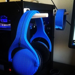 Download free 3D model Makerbot Replicator Headphone/Tape Rack, Minnarrra