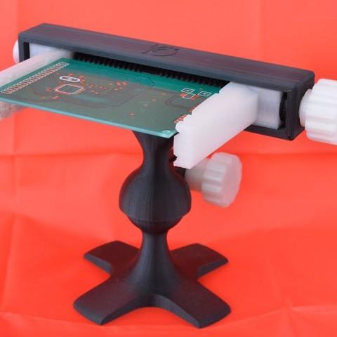 Download free 3D printer designs Fully printable PCB vise, Raeunn3D
