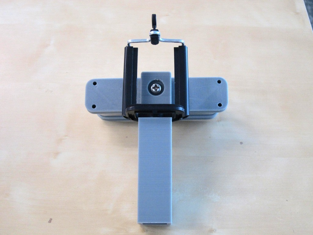 IMG_1475_display_large.JPG Download free STL file iPhone 5,6 Structure Sensor Grip • 3D printable model, Istareyn