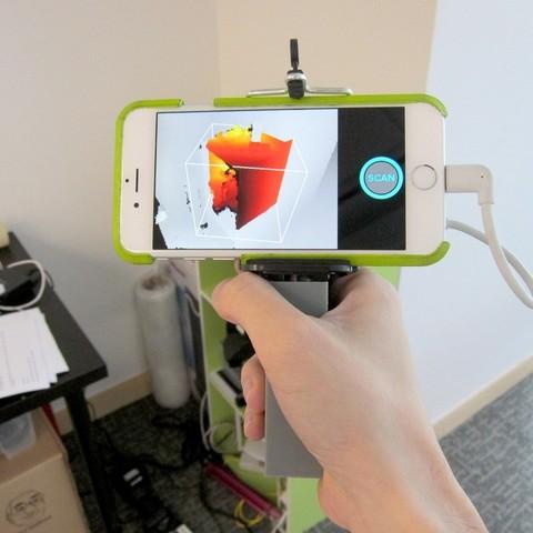 IMG_1464_display_large.JPG Download free STL file iPhone 5,6 Structure Sensor Grip • 3D printable model, Istareyn