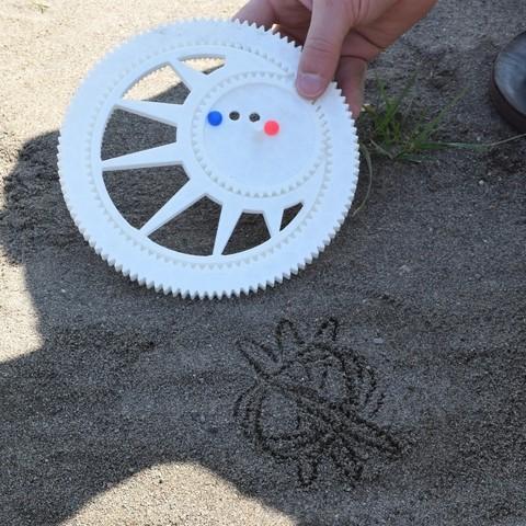 DSC_0768_display_large.JPG Download free STL file Sand Spirograph • 3D printing object, Istareyn