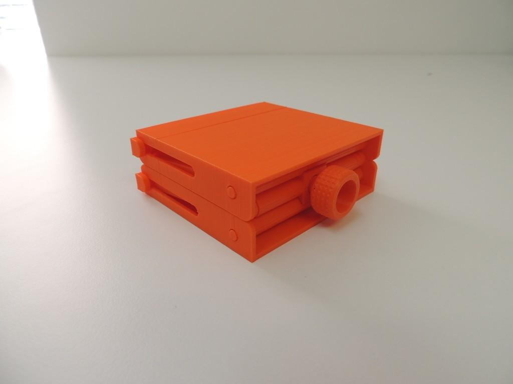 DSCN9979_display_large.JPG Download free STL file Platform Jack  [Fully Assembled, No Supports] • Object to 3D print, Bolrod